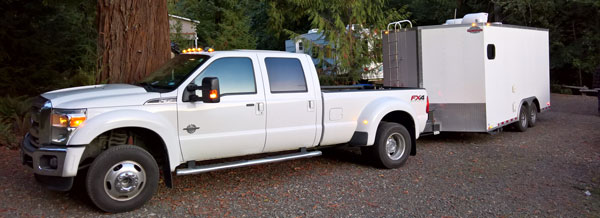 Mobile RV Repair Service Ford F-350 Truck and Trailer